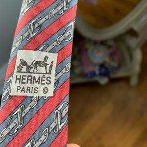 Classic Hermès buckle print tie vintage